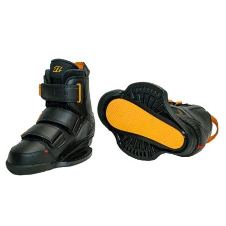 2021 North Fix Boots Pair